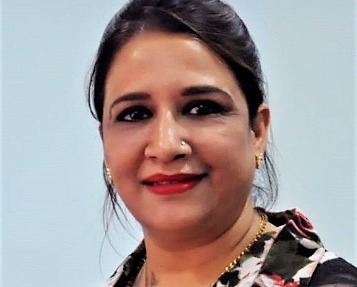 Style 'N' Scissors: Ritu Deswal making her way into the beauty Industry