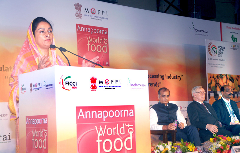 Smt. Harsimrat Kaur Badal addressing at the inauguration of the Annapoorna World of Food Expo-2017