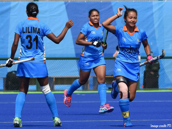 India's Women's Hockey Team qualify for knockout stages